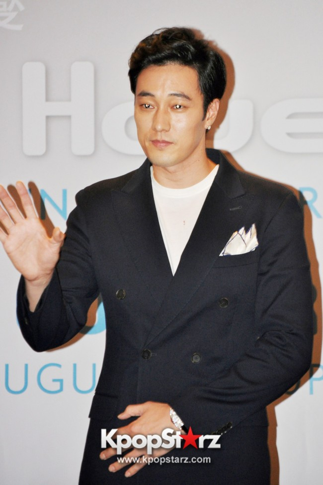 "Popular Korean Drama ""Master's Sun"" Actor So Ji Sub Reveals At Open Press Conference In Singapore, ""The Character I Played Is A Total Opposite Of Who I Am."" [PHOTOS]key=>28 count33"