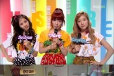 Girls' Generation (SNSD)Taeyeon-Kim Yoo Jung Wear Identical Shirts