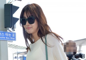Kang Sora at Incheon Airport heading to Maldives for Photo Shooting