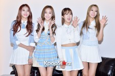 BESTie Attends an Interview for the Variety Show 'Han Wei Xin Dong Tai'