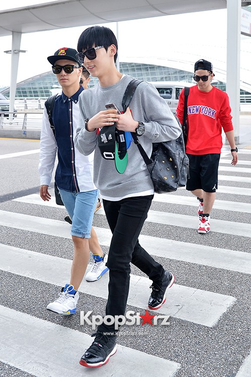 NU'EST at ICN Airport Heading to Mexico key=>7 count16