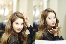seohyun gold hairpin picture