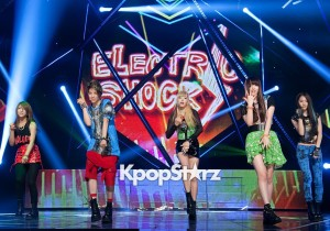 f(x) Lively Stage of 'M! Countdown' [PHOTOS]