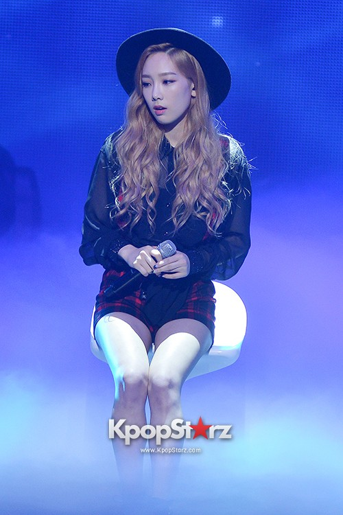 Girls' Generation TTS[TaeTiSeo] 2nd Mini Album 'Holler' Comeback Showcase - Baby Steps key=>0 count9