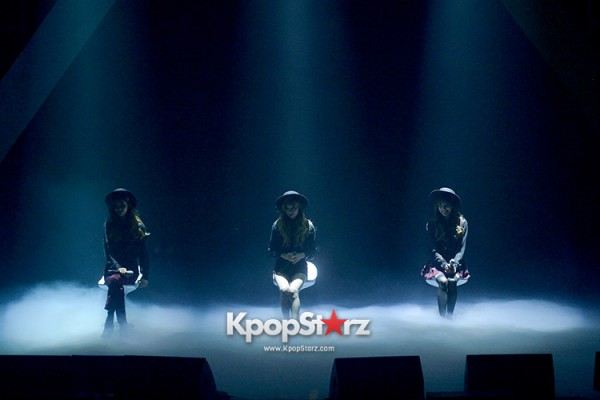 Girls' Generation TTS[TaeTiSeo] 2nd Mini Album 'Holler' Comeback Showcase - Baby Steps key=>8 count9