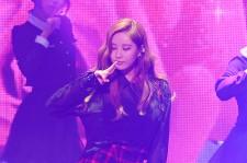 Girls' Generation TTS[TaeTiSeo] 2nd Mini Album 'Holler' Comeback Showcase - Whisper