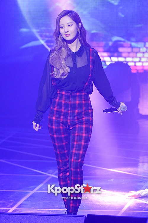 Girls' Generation TTS[TaeTiSeo] 2nd Mini Album 'Holler' Comeback Showcase - Stay key=>4 count15