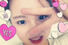 lee hi birthday selfie