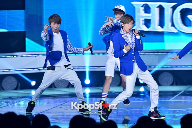 HIGH4 [Headache] at SBS MTV 'THE SHOW All About K-pop'key=>2 count7