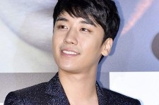YG Entertainment delayed releasing news about Big Bang Seungri's ICU stay.