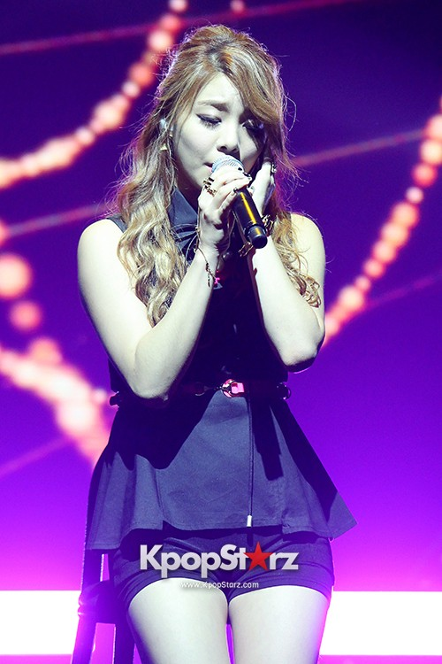 Ailee Holds a Comeback Showcase for Her New Mini Album Magazine[Performanc1]key=>5 count10
