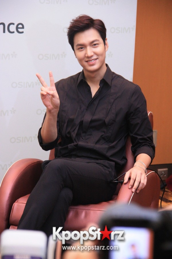 Lee Min Ho Attends Fan Meet & Greet Session with OSIM uDiva in Malaysia - Sept 28, 2014 [PHOTOS]key=>0 count25