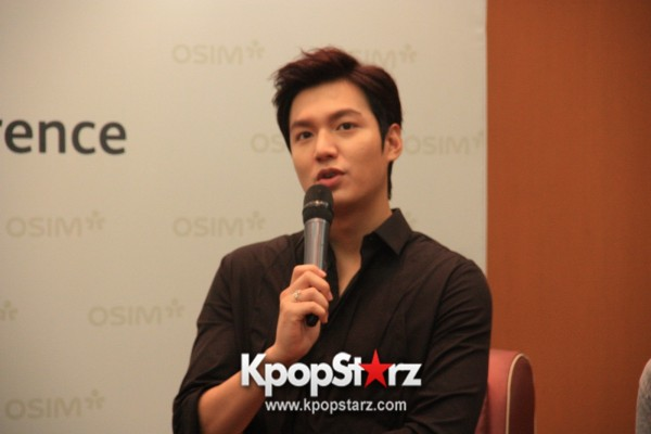 Lee Min Ho Attends Fan Meet & Greet Session with OSIM uDiva in Malaysia - Sept 28, 2014 [PHOTOS]key=>8 count25