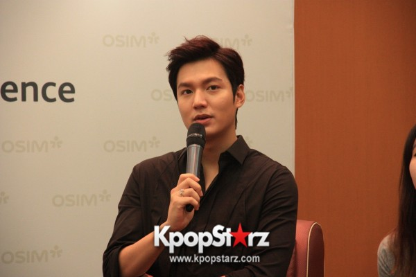 Lee Min Ho Attends Fan Meet & Greet Session with OSIM uDiva in Malaysia - Sept 28, 2014 [PHOTOS]key=>10 count25