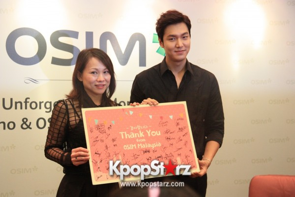 Lee Min Ho Attends Fan Meet & Greet Session with OSIM uDiva in Malaysia - Sept 28, 2014 [PHOTOS]key=>11 count25