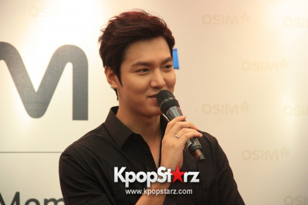 Lee Min Ho Attends Fan Meet & Greet Session with OSIM uDiva in Malaysia - Sept 28, 2014 [PHOTOS]key=>13 count25