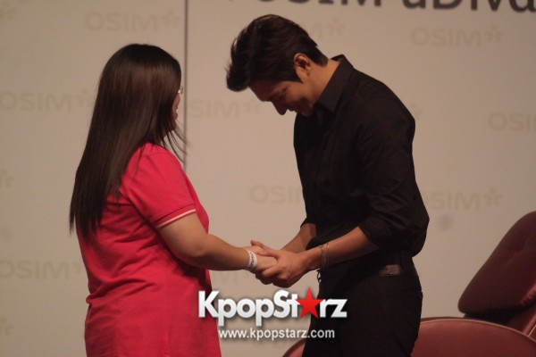 Lee Min Ho Attends Fan Meet & Greet Session with OSIM uDiva in Malaysia - Sept 28, 2014 [PHOTOS]key=>18 count25