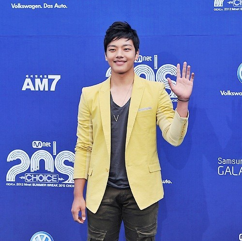 "Yeo Jin Goo: ""I'm Still Growing... Currently I'm 173cm""key=>0 count1"