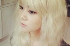 han seungyeon blonde hair