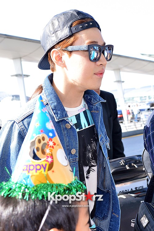 Henry at ICN Departing to Taiwan for Samsung Charity Concert key=>25 count27