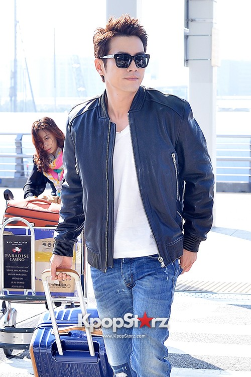 Joo Sang Wook at ICN Departing to Thailand for Cunning Single Lady Promotionskey=>0 count13