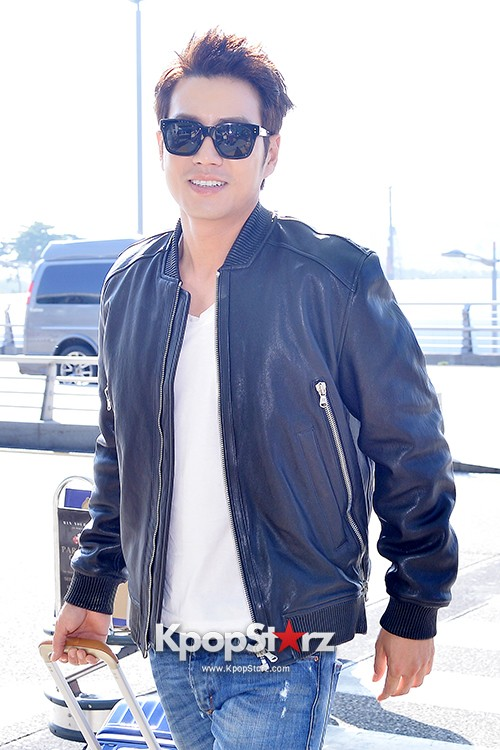 Joo Sang Wook at ICN Departing to Thailand for Cunning Single Lady Promotionskey=>11 count13