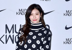 Sunmi at 2015 SS Seould Fashion Week, Munsoo Kwon