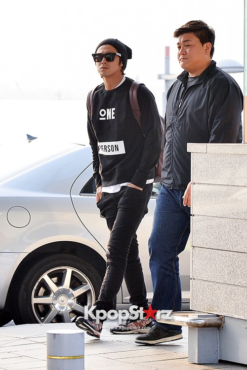 TVXQ's U-Know Yunho at Incheon Airport Heading to Shanghai key=>1 count10