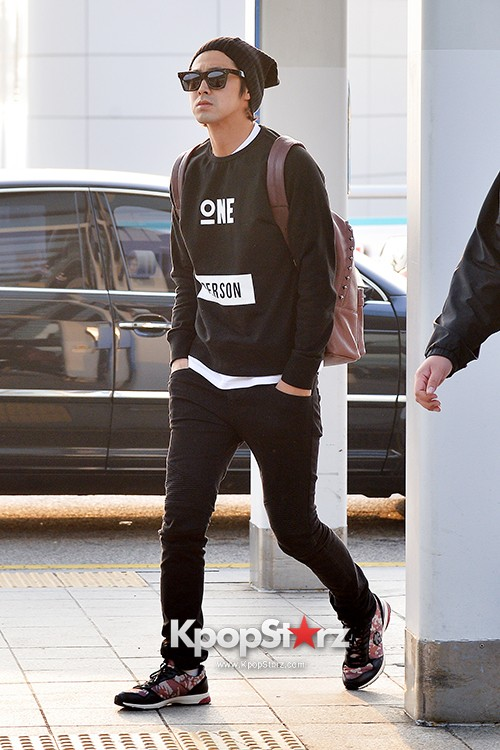 TVXQ's U-Know Yunho at Incheon Airport Heading to Shanghai key=>6 count10