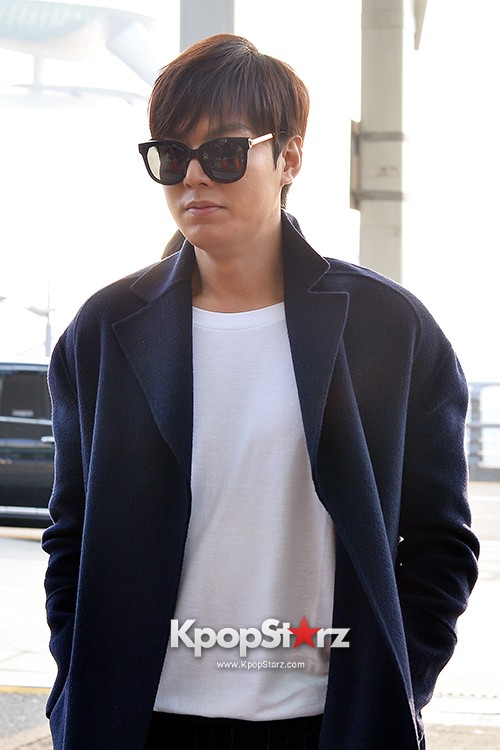 Lee Min Ho at Incheon Airport Heading to Qingdaokey=>10 count14