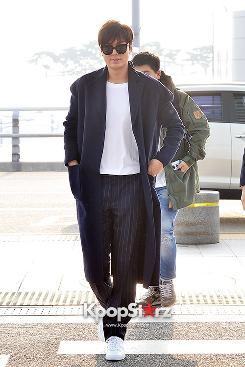 Lee Min Ho at Incheon Airport Heading to Qingdaokey=>12 count14