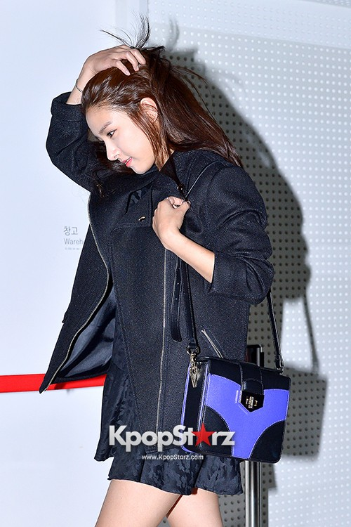 Kim So Eun and Oh Cho Hee at 2015 SS Seoul Fashion Week, Joo Ho Sunkey=>12 count27