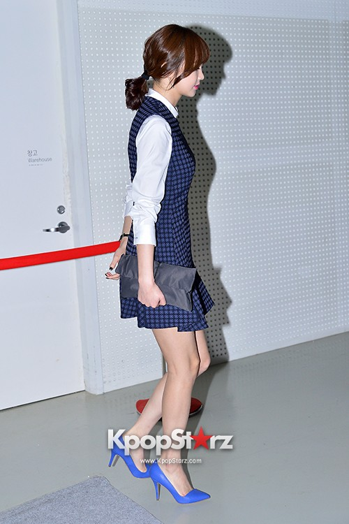 Kim So Eun and Oh Cho Hee at 2015 SS Seoul Fashion Week, Joo Ho Sunkey=>17 count27