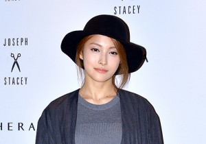 Kara's Gyuri at 2015 SS Seoul Fashion Week, Joo Ho Sun