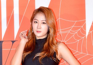 SISTAR's Soyou Attends W Korea 9th Breast Cancer Awareness Charity Event Campaign 'LOVE YOUR W'