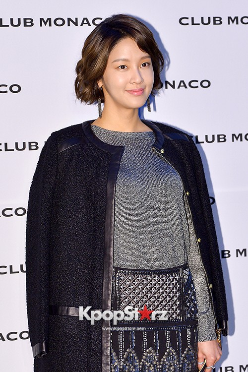 Song Kyung Ah, Lee Sung Kyung, Esom and Hwang So Hee at Club Monaco Opening Party key=>32 count33