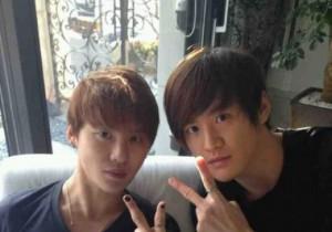 Kim Jun Su and his twin brother
