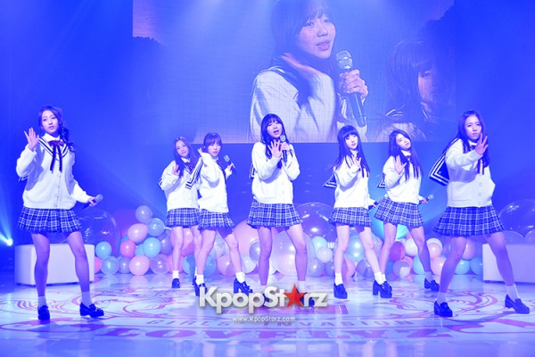 Woollim Entertainment's New Girl Group Lovelyz Attends the Debut Showcase (Performance)key=>3 count40