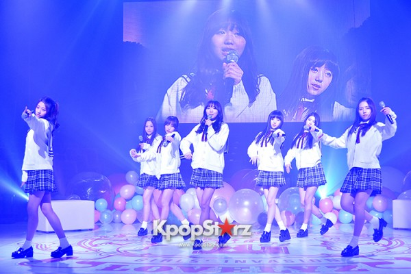 Woollim Entertainment's New Girl Group Lovelyz Attends the Debut Showcase (Performance)key=>4 count40