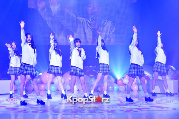 Woollim Entertainment's New Girl Group Lovelyz Attends the Debut Showcase (Performance)key=>6 count40