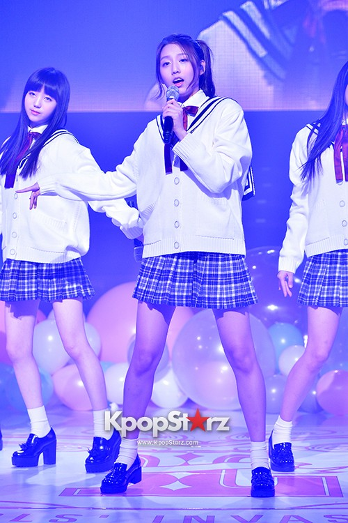 Woollim Entertainment's New Girl Group Lovelyz Attends the Debut Showcase (Performance)key=>8 count40