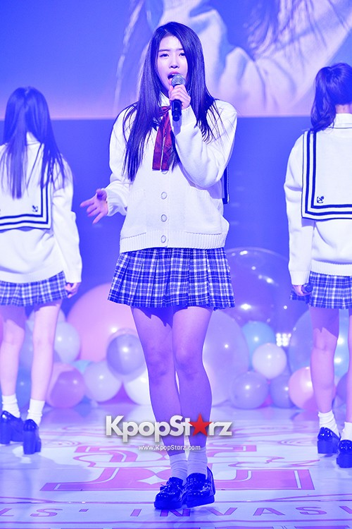 Woollim Entertainment's New Girl Group Lovelyz Attends the Debut Showcase (Performance)key=>9 count40