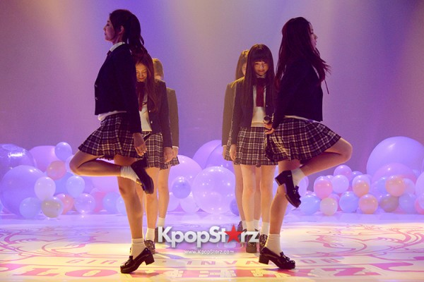 Woollim Entertainment's New Girl Group Lovelyz Attends the Debut Showcase (Performance)key=>16 count40