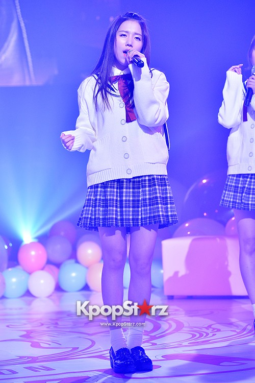 Woollim Entertainment's New Girl Group Lovelyz Attends the Debut Showcase (Performance)key=>14 count40