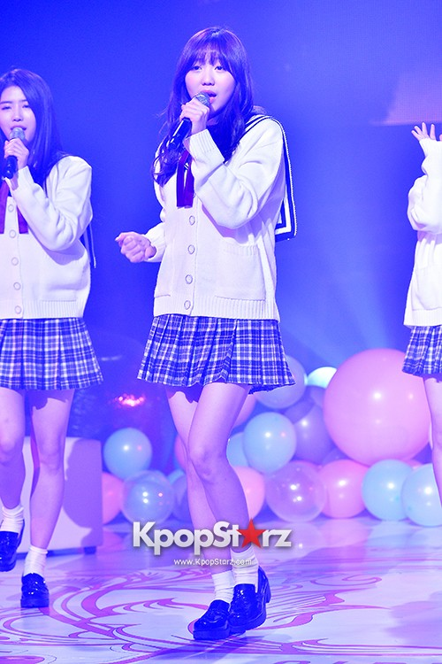 Woollim Entertainment's New Girl Group Lovelyz Attends the Debut Showcase (Performance)key=>15 count40