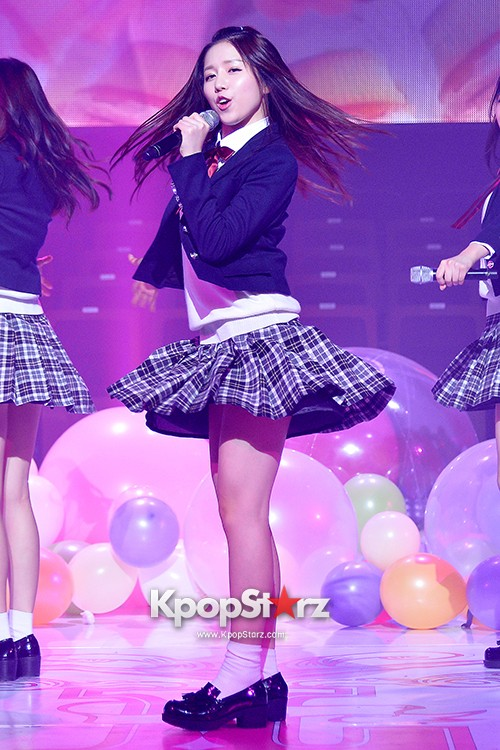 Woollim Entertainment's New Girl Group Lovelyz Attends the Debut Showcase (Performance)key=>21 count40