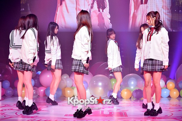 Woollim Entertainment's New Girl Group Lovelyz Attends the Debut Showcase (Performance)key=>11 count40