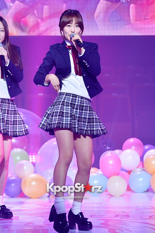 Woollim Entertainment's New Girl Group Lovelyz Attends the Debut Showcase (Performance)key=>28 count40
