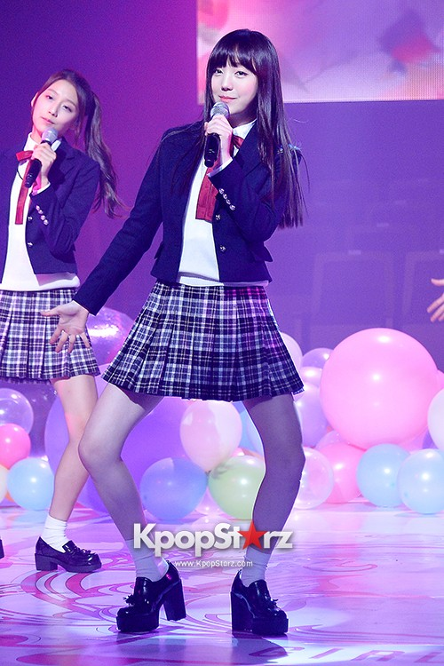 Woollim Entertainment's New Girl Group Lovelyz Attends the Debut Showcase (Performance)key=>30 count40