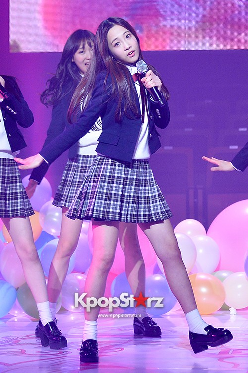 Woollim Entertainment's New Girl Group Lovelyz Attends the Debut Showcase (Performance)key=>31 count40